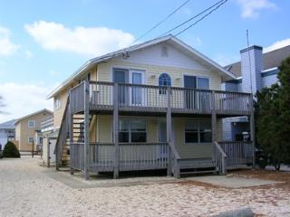 SURF CITY, LBI (LONG BEACH ISLAND, NJ)  7 HOUSES F - Surf City vacation rentals