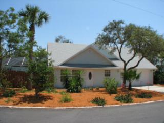 Front of Avery s - Avery ' s Beach Bungalow - Saint Augustine Beach - rentals
