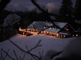 LLAG Luxury Vacation Apartment in Klais - scenic, quiet, comfortable (# 4357) - Lenggries vacation rentals