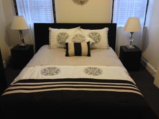 Brooklyn's Hidden Gem ~ 2 Bedroom Apartment - Ridgewood vacation rentals