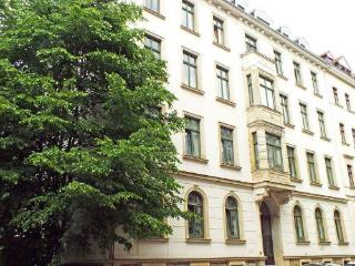 Vacation Apartment in Leipzig - 581 sqft, central, quiet, comfortable (# 4361) - Saxony vacation rentals