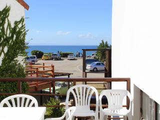 Bungalow - Whale Apartment close to beach and surf - Jeffreys Bay vacation rentals