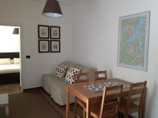 Close to all transport and Lake - ACCIAIO - Como vacation rentals