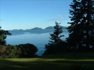 Hancock Point, Ocean Front, Acadia Park View - Gouldsboro vacation rentals