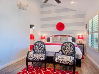 Suite Escapes 1! Walk to Disney/Conv Ctr! Pool! - Anaheim vacation rentals