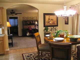 Lovely Country Cottage along Lodi's Wine Trail - Central Valley vacation rentals