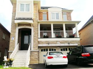 Woodbridge Furnished House Rent For Short Time -Gu - Toronto vacation rentals