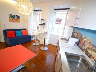 São Cristovão Apartment - Lisbon vacation rentals
