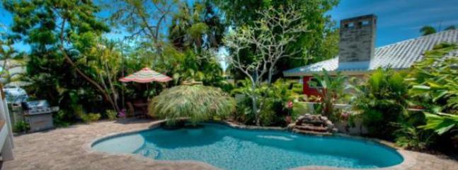 Pool 1 - BLUE MARTINI - Holmes Beach - rentals