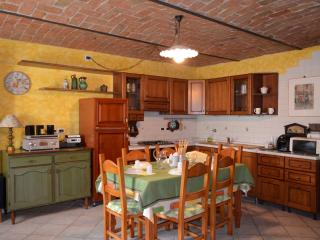 Self-contained studio apt in Langhe Country House - Prunetto vacation rentals
