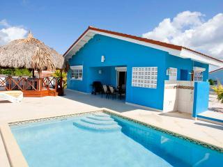 Villa Blou Curacao, met zwembad en voordelige auto - Lagun vacation rentals