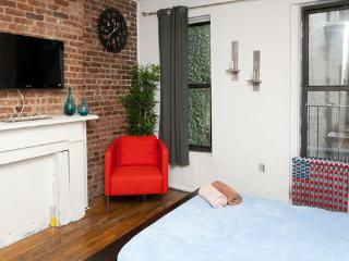 Centrally located Midtown west 1bdm - New York City vacation rentals