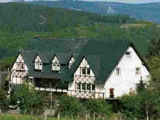 Vacation Apartment in Bestwig - natural, quiet, comfortable (# 4380) - North Rhine-Westphalia vacation rentals