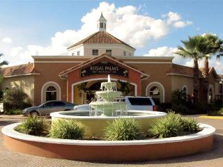 0002144- 3BR Upgraded Town Home in Regal Palms Resort - Davenport vacation rentals