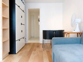 Paris Apartment at Porte de Versailles - Paris vacation rentals