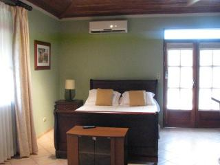 Beautiful Studio, Playa Hermosa, Guanacaste, C.R. - Playa Hermosa vacation rentals