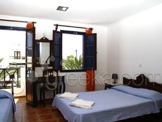 5-6 persons apt @ Anny's Perissa - Santorini vacation rentals