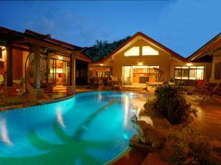 SUPERB VILLA PAPAYA : LIVE LIKE A KING ! - Koh Samui vacation rentals