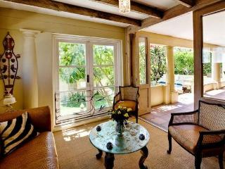 Beautiful Tuscan Villa in Bakoven (Camps Bay) - Hout Bay vacation rentals
