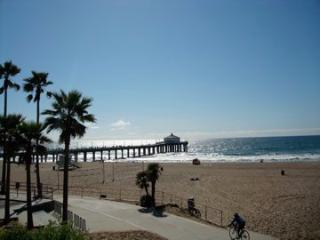 AN ADORABLE STUDIO (Mini one bedroom) - Redondo Beach vacation rentals