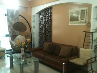 3Br Short Term Condo Rent @ GLOBAL CITY / THE FORT - Pasig vacation rentals