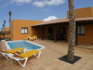 Corralejo Oasis Papagayo Villa - Fuerteventura vacation rentals