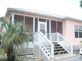 Low Spring Rates! Peaceful Beach Cottage! - Gulf Shores vacation rentals