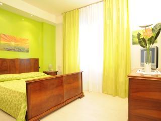 Siena centre-Green apartment - Siena vacation rentals