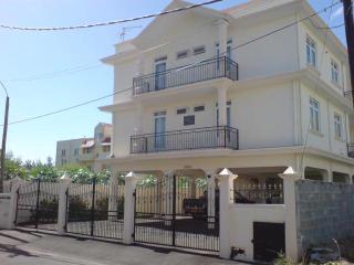 Appartement très spacieux - Moka vacation rentals