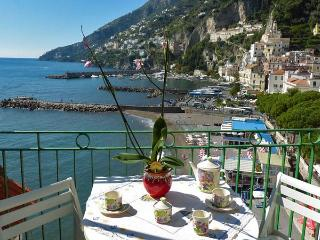 CASA MARINA - 2 Bedrooms - Amalfi - Amalfi Coast - Massa Lubrense vacation rentals