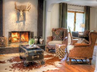 CHIC-HOUSE NEAR EVERYTHING - Quebec vacation rentals