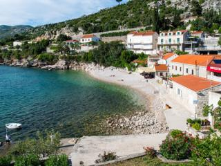 Apartments Matea -Two-Bedroom Apartment with Sea View and Balcony - Zaton (Dubrovnik) vacation rentals