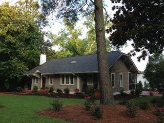 Pinehurst Cottage...Historic District Old Town - Southern Pines vacation rentals