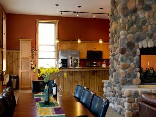 Luxury apartment rental, central Adirondacks - Warrensburg vacation rentals