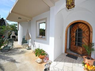 Charming apartment Viky 1 for 6 persons in Novalja - Novalja vacation rentals