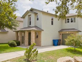 CM3 - Lovely home near Sea World & Lackland AFB. - San Antonio vacation rentals