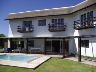 Luxury beach villas - Jeffreys Bay vacation rentals