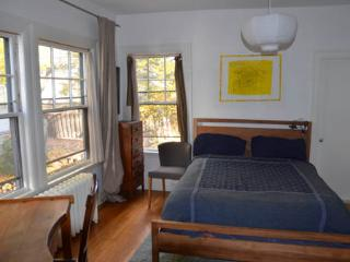 Scholarly, furnished apartment.near Harvard (M819) - Cambridge vacation rentals