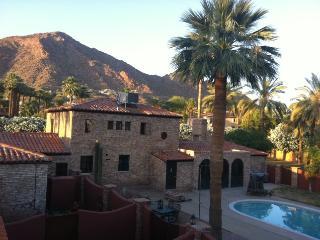 BEAUTIFUL 1.6 ACRE ESTATE CAMELBACK MOUNTAIN VIEWS - Phoenix vacation rentals