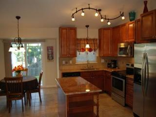 The Columbine 3 bed 2 bath furnished vacation/corp - Colorado Springs vacation rentals