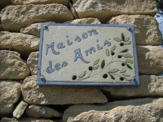 Maison des Amis Villa with Pool, Grill, Fireplace - in Gordes - Gordes vacation rentals