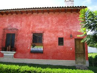 Casa Ocho (P) - Cutest lovely private apartment - Antigua Guatemala vacation rentals