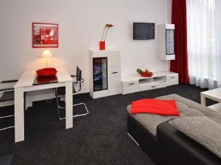 Vacation Apartment in Aalen - 452 sqft, central, modern, clean (# 4461) - Goppingen vacation rentals