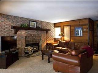 Updated Condo with Forest Views - Wonderful, Quiet Location (25018) - Utah Ski Country vacation rentals