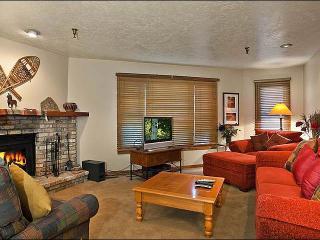 Cozy Ski Team Condo - Central Location on Park Avenue (25272) - Utah Ski Country vacation rentals