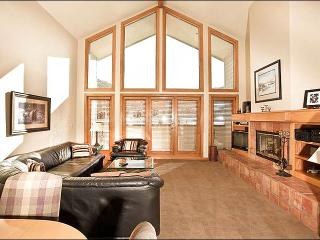 Open & Airy Top-Floor Condo - Mountain and Pond Views (25329) - Park City vacation rentals