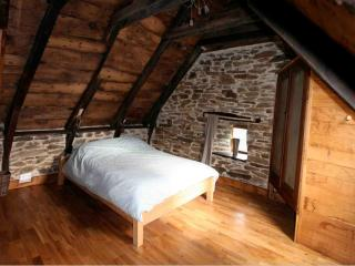 Gite 4 Personne - Valon, Lacroix Barrez, Aveyron - Sansac de Marmiesse vacation rentals