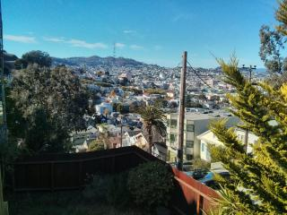 2BR Apt on beautiful hilltop, easy street parking - Montara vacation rentals