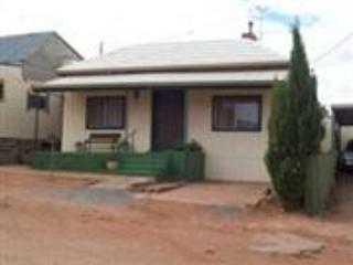 Front View - Lilly May Cottage - Broken Hill - rentals
