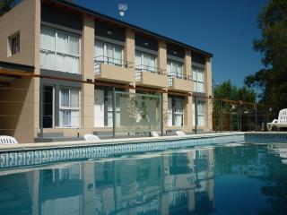 Altos de la Costa - Gualeguaychu  - Alquiler Temporario  Departamento - Gualeguaychu vacation rentals